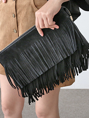 Fringe Clutch (30% OFF)