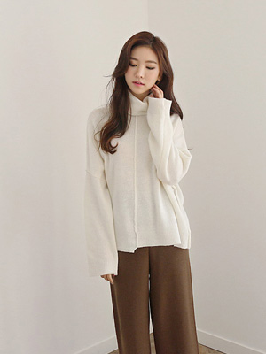 Indisummer Turtleneck Knit (30% OFF)