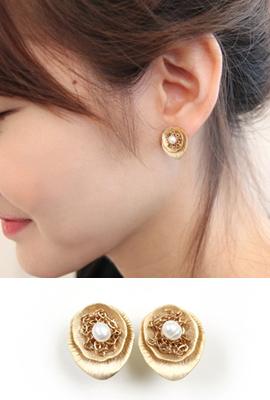 Mammal earring (50% OFF)