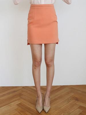 Uneven slit Skirt (30% OFF)