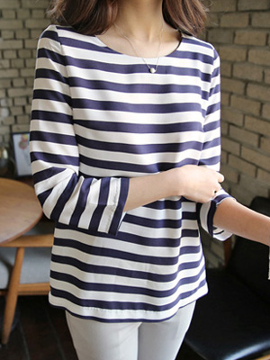 Mall Stripe Blouse (S, M) (20% OFF)