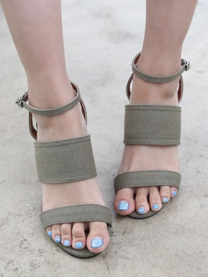 ★ ★ fitting micro foreign matters Strap Sandals (30% OFF) / 235mm