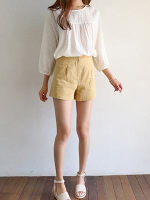 Moeol Linen Shorts