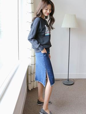 Raum Slit Denim Skirt (30% OFF)