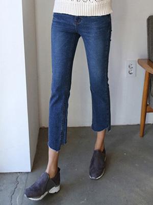 Cut Straight Pants (S, M, L) (30% OFF)