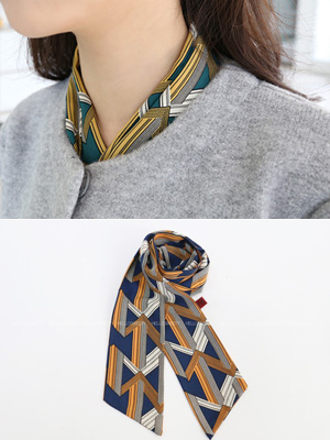 Scatter scarf