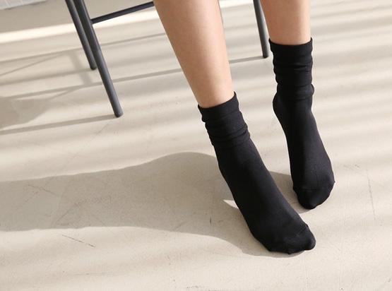 Long Black Stockings (1 + 1)