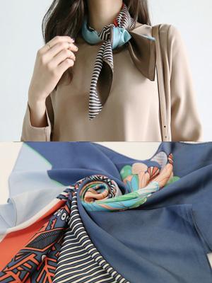 Deombeul scarf