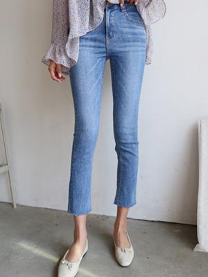 Straight Straight Pants (S, M, L) (30% OFF)