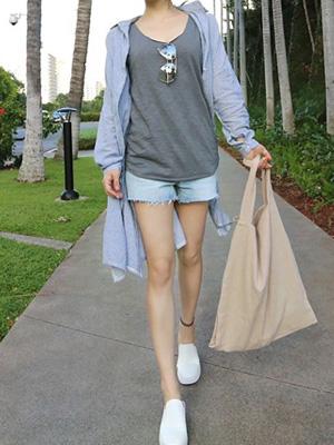 Coolata Denim Shorts (S, M, L)