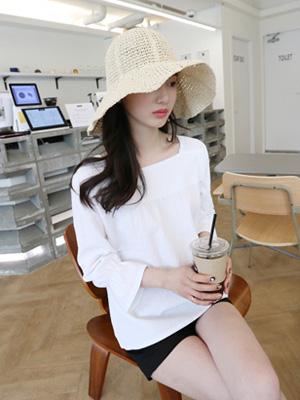 Summer's Raffia Hat