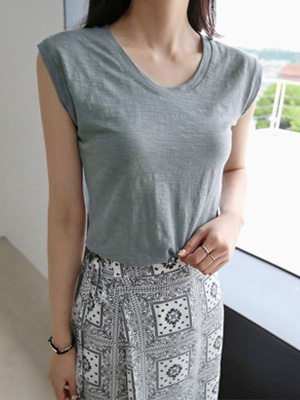 Sleeveless T-shirt (7Color)