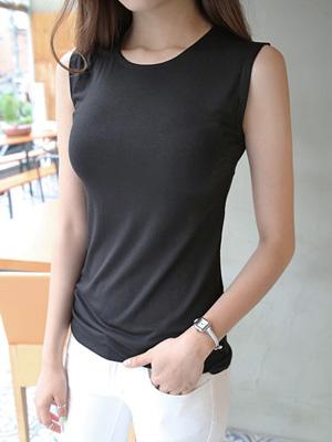 Mild Sleeveless T-shirt