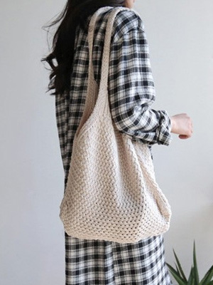 Aroni Knit Shoulder Bag