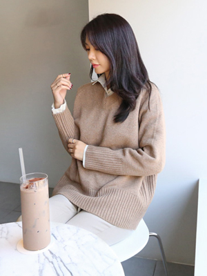 Broome V-neck Knit