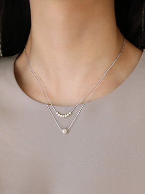 Tinkle pearl necklace