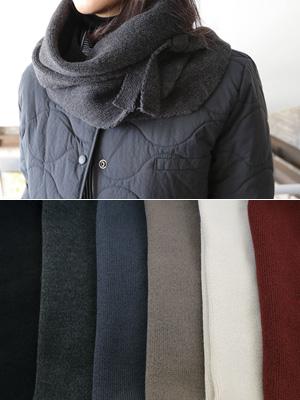 Dubbed triangular shawl