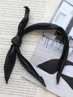 Leather bowknot hairband