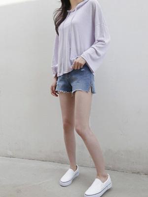 Hyunki Slit Denim Shorts (S, M, L)