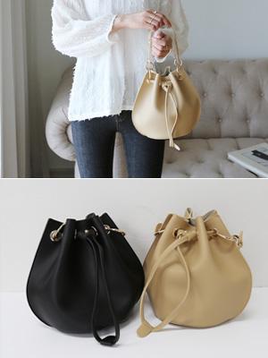Lavon Bucket Bag