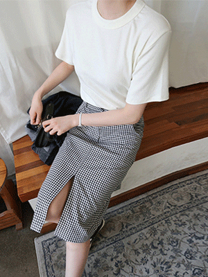 Roakers slit Check Skirt