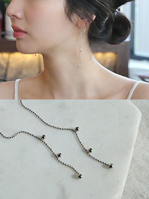 Silver earring (Silver 92.5)