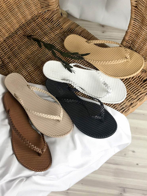 ★ Fitting ★ Stand Twiddle Flip Flops (1cm) (30% OFF)